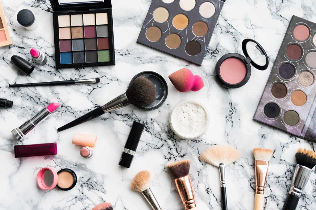 Las 60 Mejores Marcas de Maquillaje