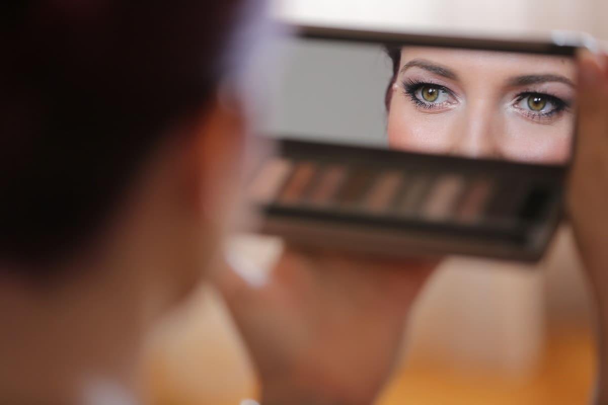 como-usar-eyeliner-blanco