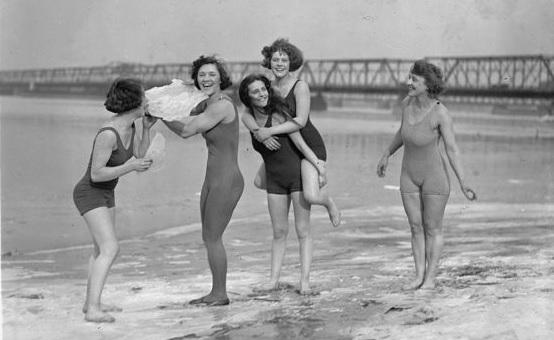 trajes-de-bano-anos-20